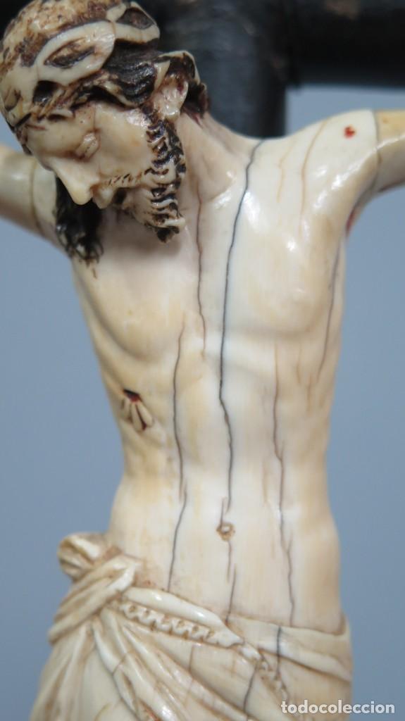Arte: PRECIOSO CRISTO DE MARFIL. ESCUELA ESPAÑOLA. FINALES SIGLO XVIII-PPIOS. SIGLO XX - Foto 6 - 169458768