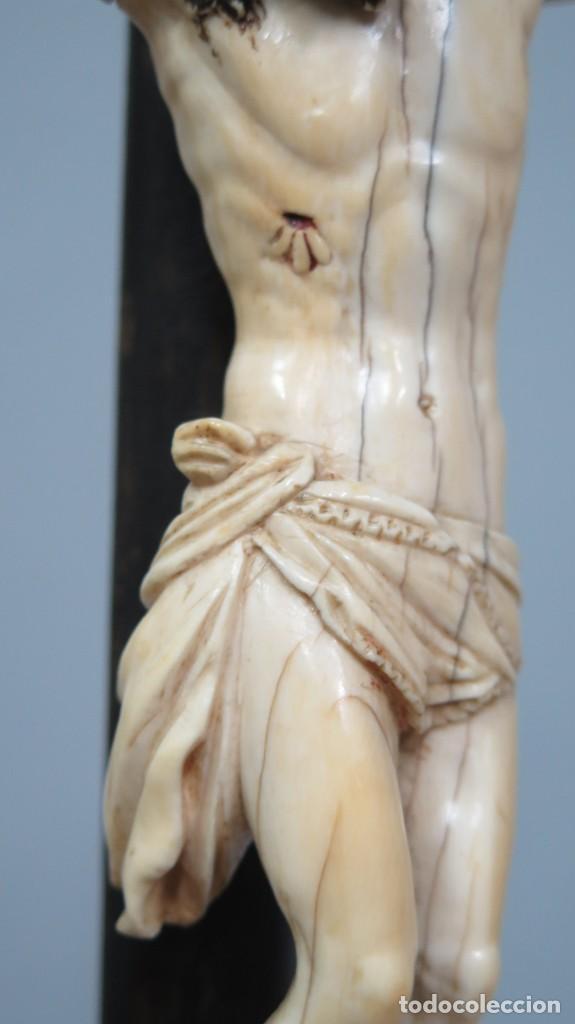 Arte: PRECIOSO CRISTO DE MARFIL. ESCUELA ESPAÑOLA. FINALES SIGLO XVIII-PPIOS. SIGLO XX - Foto 9 - 169458768