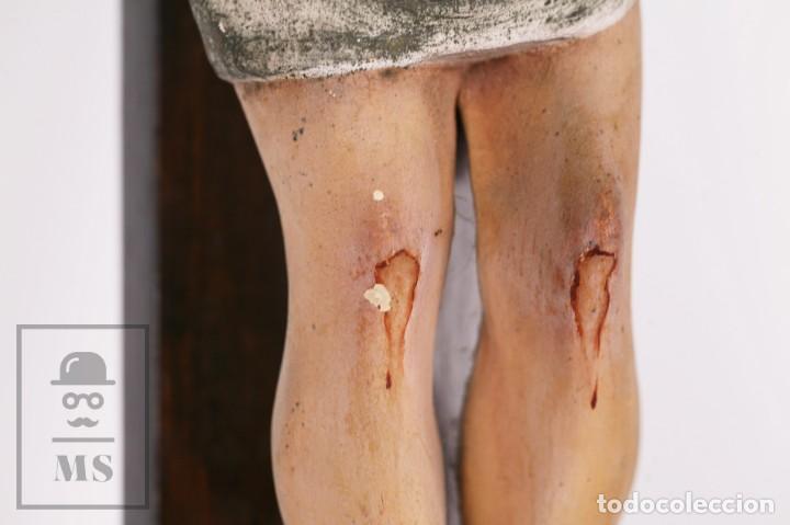 Arte: Antigua Talla de Madera Policromada - Cristo Crucificado / Crucifijo - Finales del Siglo XIX - Foto 12 - 169651464
