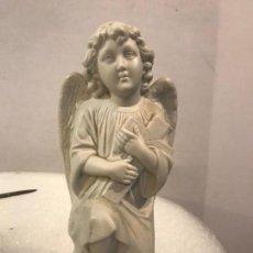 Arte: GRAN ANGEL DE BISCUIT, S. XIX. Lote 170122308