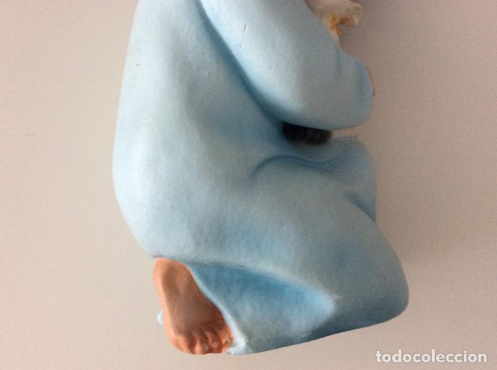 Arte: Figura de escayola del Niño con la oveja. Años 60 - Foto 4 - 170449708