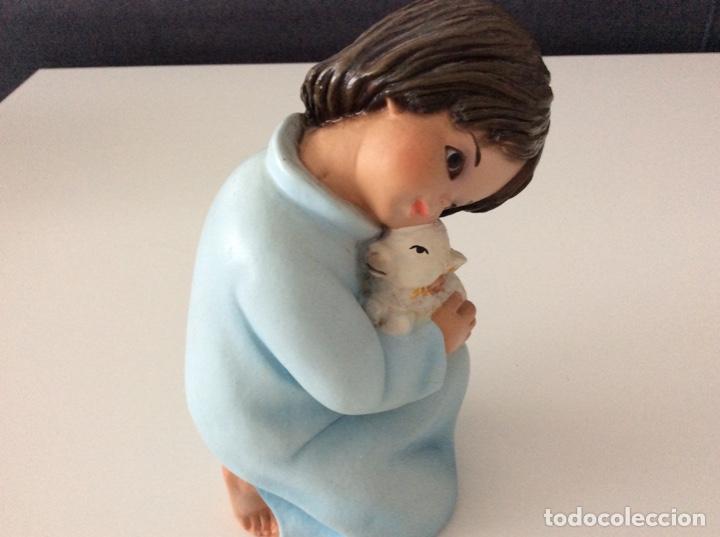 Arte: Figura de escayola del Niño con la oveja. Años 60 - Foto 6 - 170449708
