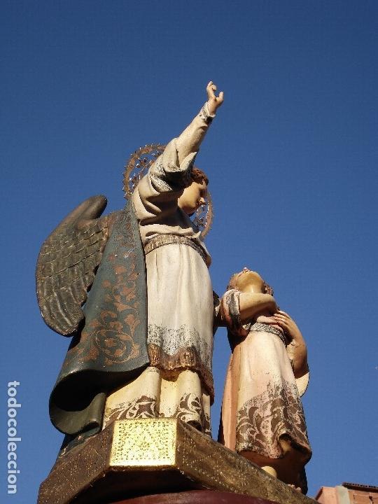 ANTIGUO Y PIADOSO ÁNGEL CUSTODIO CON NIÑO PPSXX (Arte - Arte Religioso - Escultura)