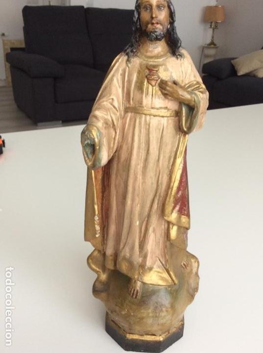 Arte: Imagen de madera policromada del Sagrado Corazón de Jesus. S. XIX o anterior. Bellísimas facciones. - Foto 2 - 171489654