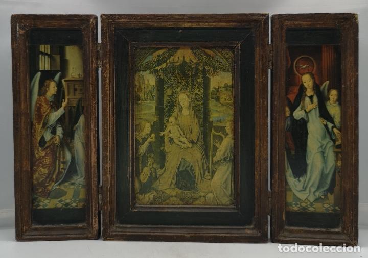 Arte: Bello tríptico antiguo con bellas litografías religiosas sobre madera . - Foto 3 - 172417325