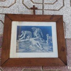 Arte: CUADRO ANTIGUO DE IGLESÍA CON LÁMINA ANTIGUA ESCENA PASIÓN DE CRISTO JESUCRISTO, JESÚS DE NAZARET.. Lote 172791495