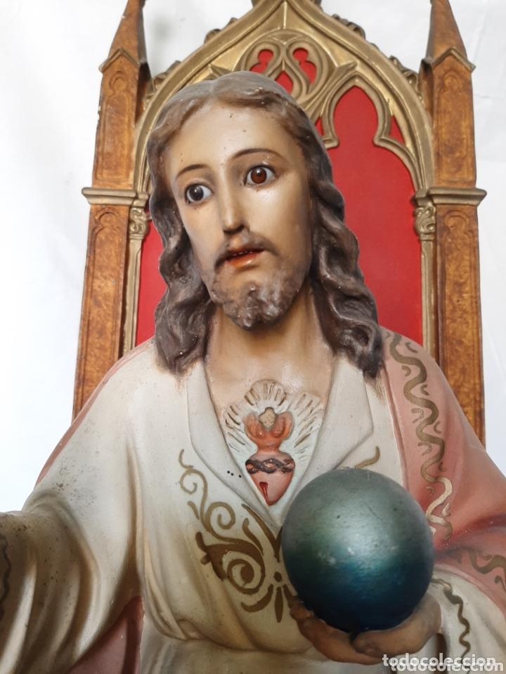 Arte: Talla Sagrado Corazón entronizado con ojos de cristal - Foto 2 - 33255492