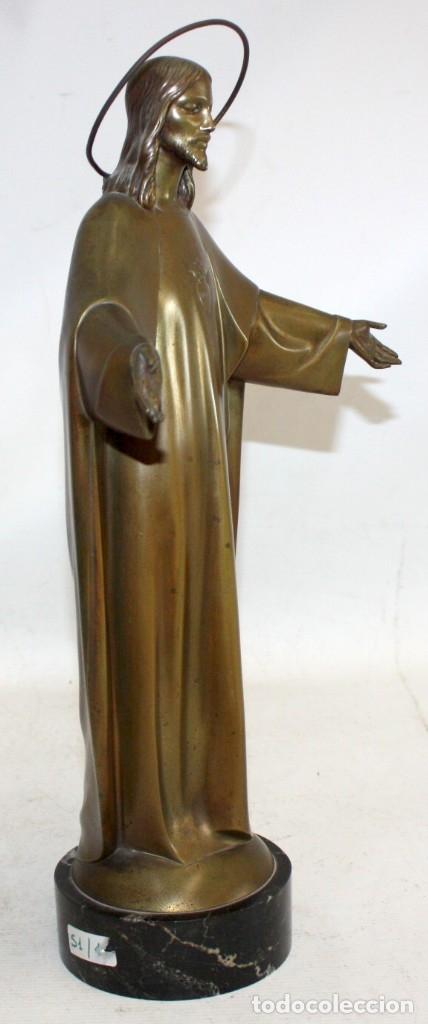 Arte: FREDERIC GALCERÀ ALABART (Barcelona, 1880 - 1964) SAGRADO CORAZÓN EN BRONCE DE APROXIMADAMENTE 1920 - Foto 2 - 173577343