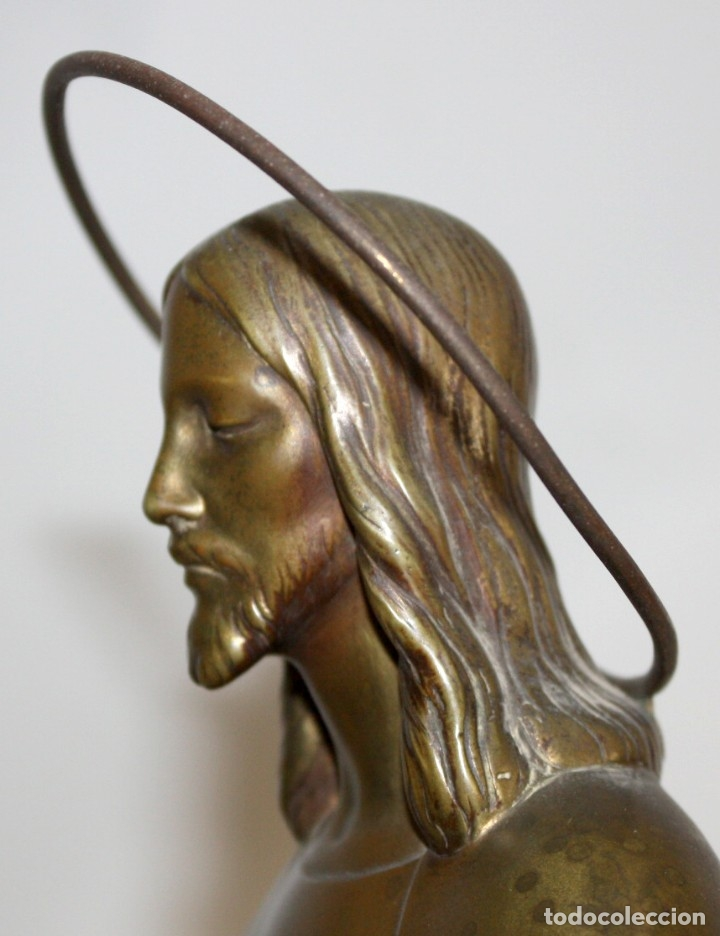 Arte: FREDERIC GALCERÀ ALABART (Barcelona, 1880 - 1964) SAGRADO CORAZÓN EN BRONCE DE APROXIMADAMENTE 1920 - Foto 6 - 173577343