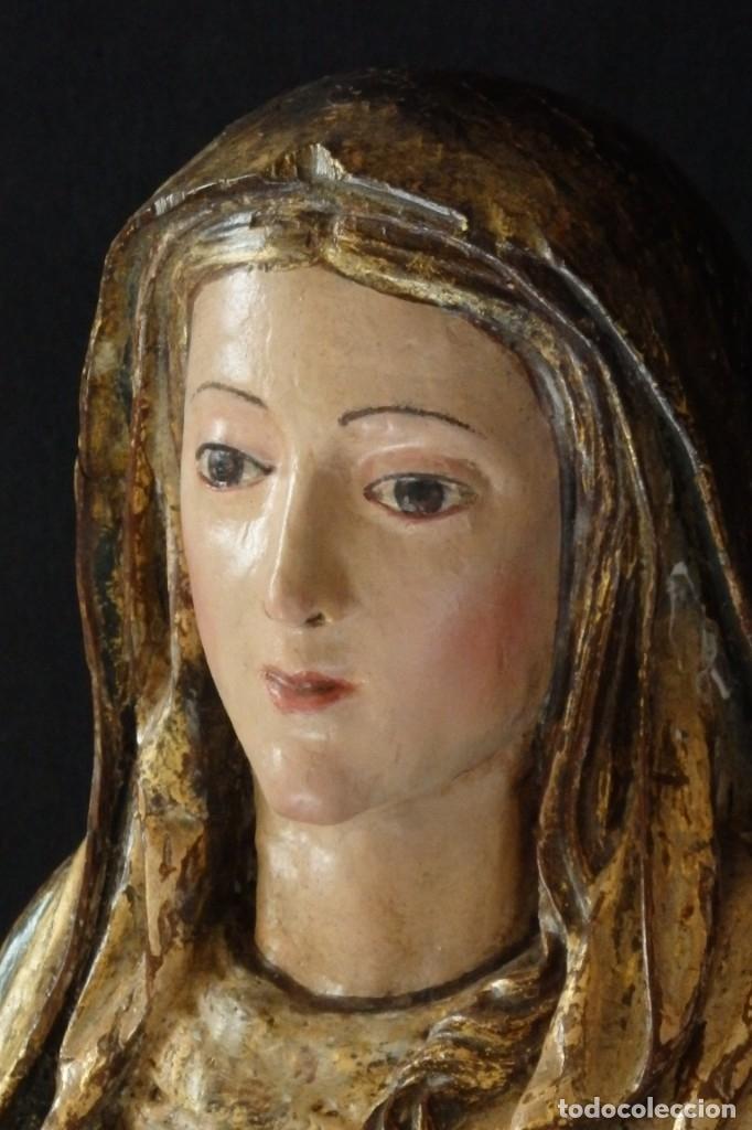 Arte: Santa Ana. Escultura del siglo XVII en madera tallada, estofada y dorada. Mide 74 cm de altura. - Foto 12 - 174268678