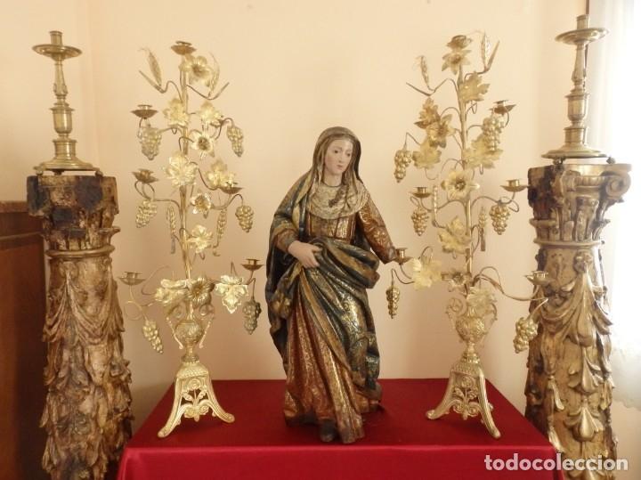 Arte: Santa Ana. Escultura del siglo XVII en madera tallada, estofada y dorada. Mide 74 cm de altura. - Foto 2 - 174268678