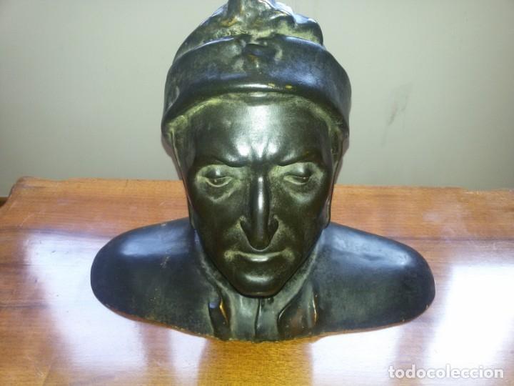 ANTIQUÍSIMO BUSTO DE ESTUCO-SELLO INCRUSTADO (Arte - Arte Religioso - Escultura)