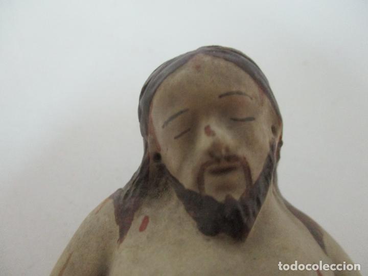 Arte: Antiguo Cristo Yacente - Terracota Policromada - 21 cm Altura - S. XIX - Foto 13 - 174391632