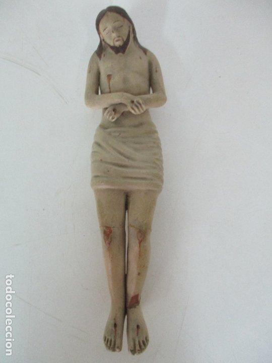 ANTIGUO CRISTO YACENTE - TERRACOTA POLICROMADA - 21 CM ALTURA - S. XIX (Arte - Arte Religioso - Escultura)