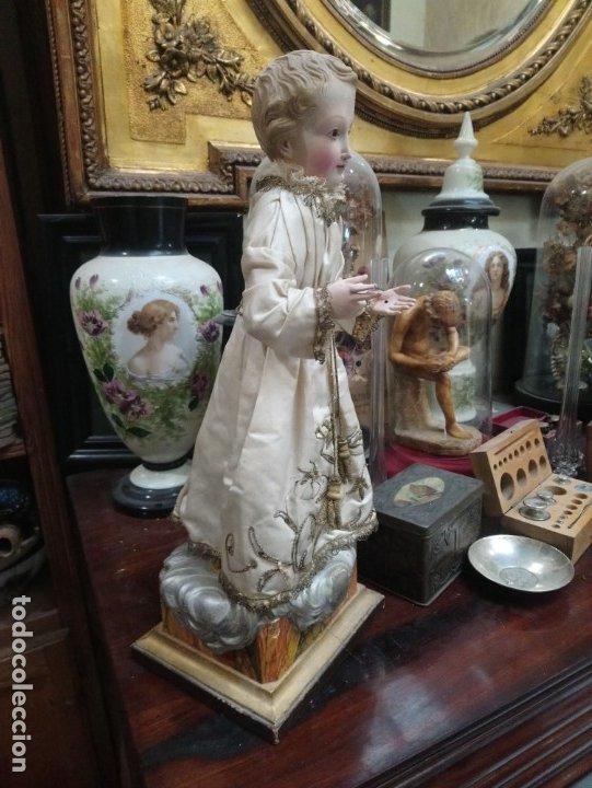 Arte: Siglo XIX Niño de vestir en madera, Dimensiones con base: cm. 34x16,5x14,5 - Foto 3 - 175840135