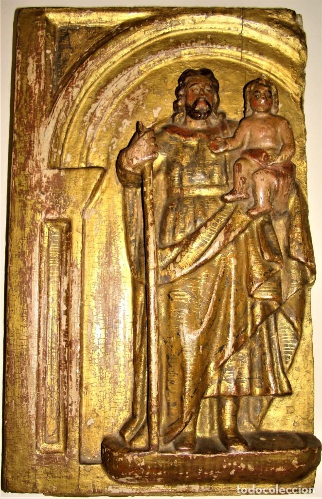 TABLA TALLADA DE SAN JOSÉ Y EL NIÑO JESÚS.POLICROMADA Y DORADA.SIGLO: XVII-XVIII. (Arte - Arte Religioso - Escultura)