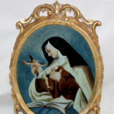 Arte: SANTA TERESA DE JESUS PINTADA BAJO VIDRIO DE FINALES DEL SIGLO XVIII CON CORNUCOPIA ORIGINAL. Lote 176645392