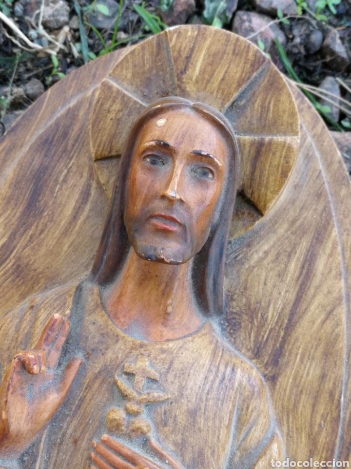 Arte: TALLA ESCULTURA JESÚS SAGRADO CORAZÓN EN YESO (IMITANDO MADERA)- ROSÉS (BARCELONA), 18CM. - Foto 2 - 176895562