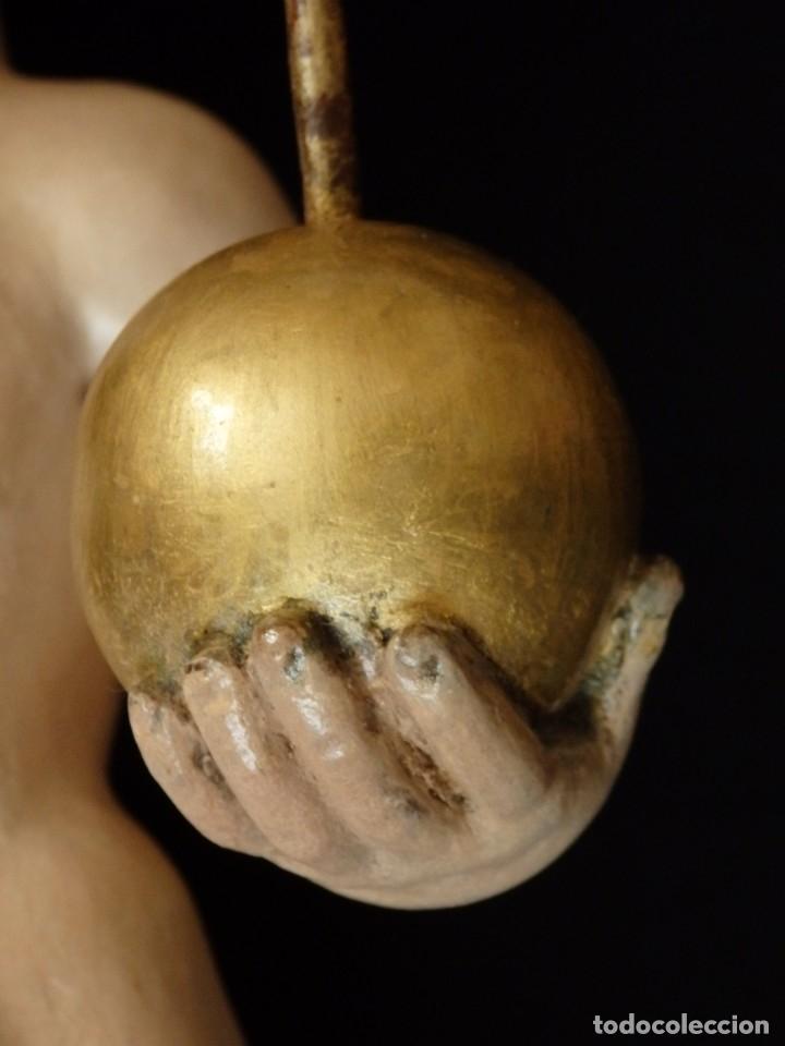 Arte: Niño Jesús Pasionario en madera tallada y policromada de la Esc. Española. Mide 57 cm. Siglo XVIII. - Foto 11 - 176946939