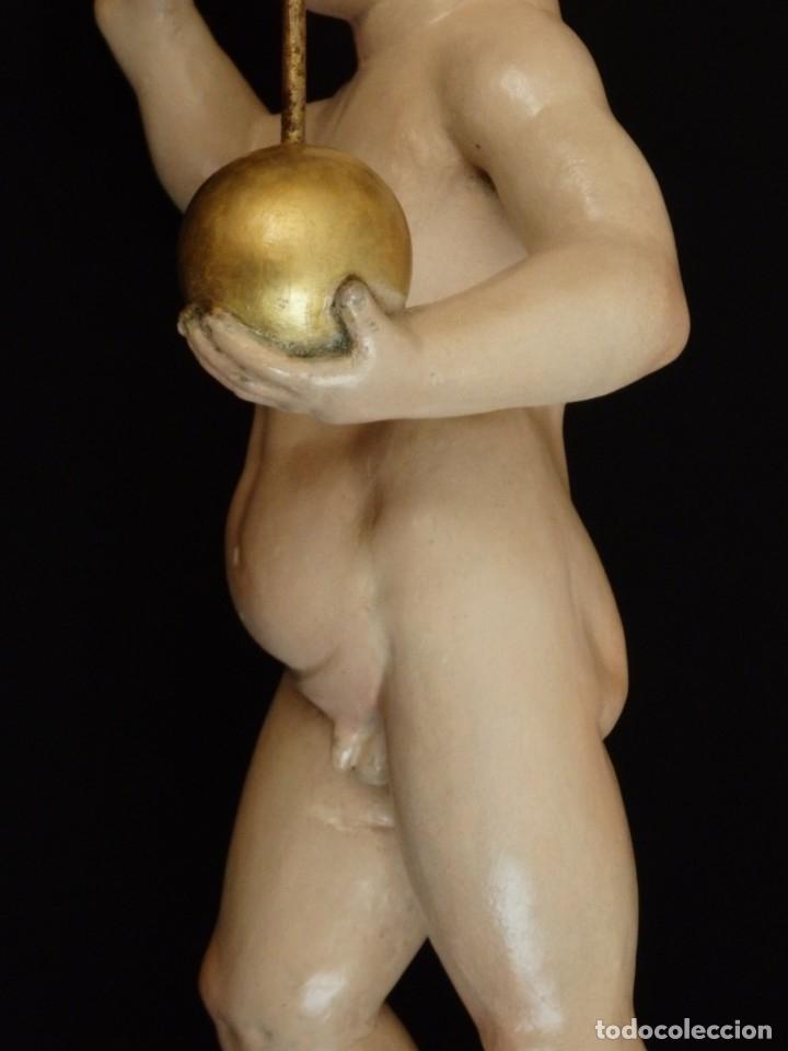 Arte: Niño Jesús Pasionario en madera tallada y policromada de la Esc. Española. Mide 57 cm. Siglo XVIII. - Foto 15 - 176946939