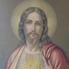 Arte: ANTIGUA LITOGRAFIA ENMARCADA DEL SAGRADO CORAZÓN DE JESÚS. 39 X 45 CM. Lote 177018923