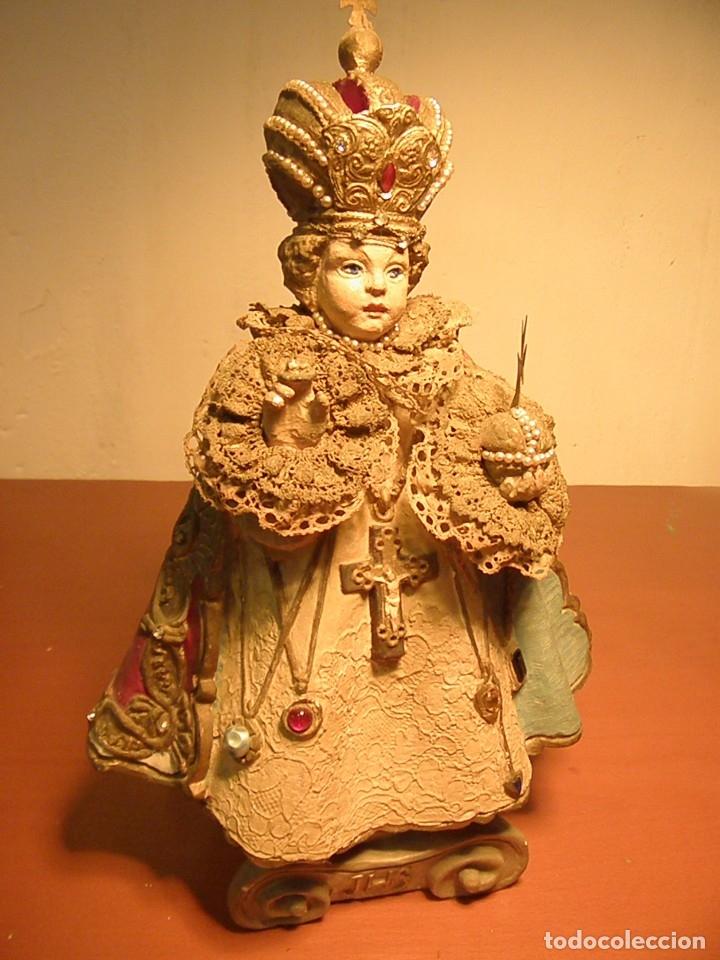 FIGURA ESTATUA DE EL NIÑO JESUS DE PRAGA S XIX (Arte - Arte Religioso - Escultura)