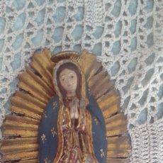 Arte: PEQUEÑA VIRGEN DE GUADALUPE COLONIAL SIGLO XIX EN MADERA DE CAOBA O CEDRO POLICROMADA. Lote 178031675
