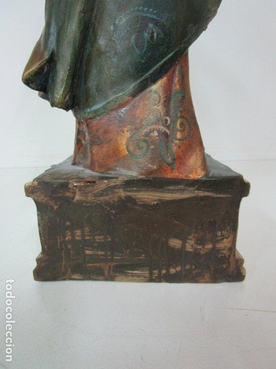 Arte: Bonita Virgen con Niño - Talla de Madera Policromada y Dorada - S. XVIII - Foto 20 - 178229822