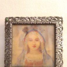 Arte: MINIATURA VIRGEN PINTADA A MANO CON MARCO PLATA 4,5 CM. Lote 178263733