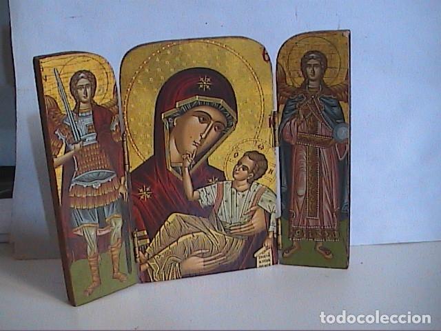 ICONO TRÍPTICO BIZANTINO. VIRGEN CON NIÑO Y ÁNGELES. GRECIA. SERIGRAFIA SOBRE MADERA. (Arte - Arte Religioso - Iconos)