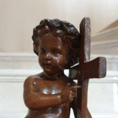 Arte: PRECIOSO NIÑO JESUS ANTIGUO EN TERRACOTA CON CRUZ Y CORONA DE ESPINAS,S. XIX. Lote 179244155