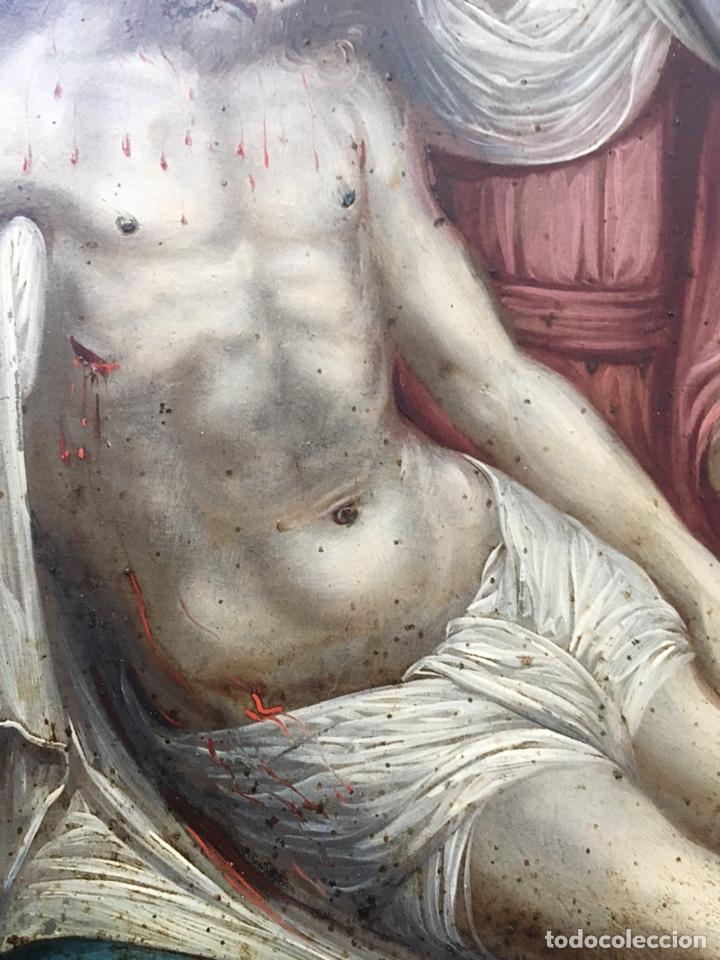 Arte: La Piedad. Óleo sobre cobre. S.XVI. Escuela española - Foto 5 - 179333900