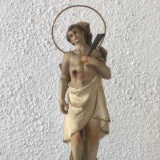 Arte: SAN SEBASTIÁN DE ESTUCO POLICROMADO - OLOT 1920'S. OJOS DE CRISTAL. VER FOTOS ANEXAS. . Lote 179960568