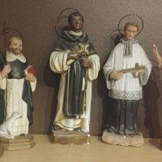 Arte: LOTE DE 5 ESCULTURAS RELIGIOSAS EN ESCAYOLA SAN LUIS SANTO DOMINGO VIRGEN DE MONTSERRAT FRAY ESCOBA. Lote 180027685