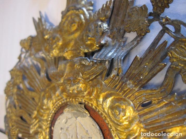 Arte: CUSTODIA DE METAL. SIGLO XIX.DORADA Y PLATEADA.21 X 11,5 X 4 CM - Foto 10 - 180190157
