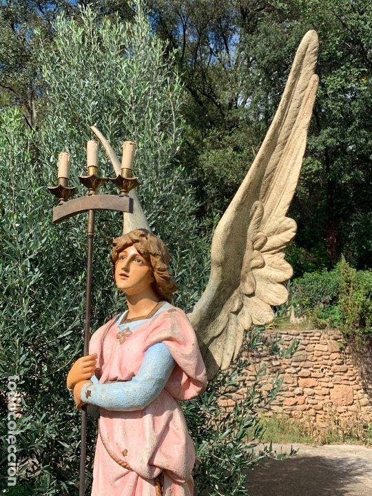 Arte: Excepcional angel o arcangel torchero, en estuco, ojos de cristal, de Olot, inmenso. - Foto 18 - 180276561