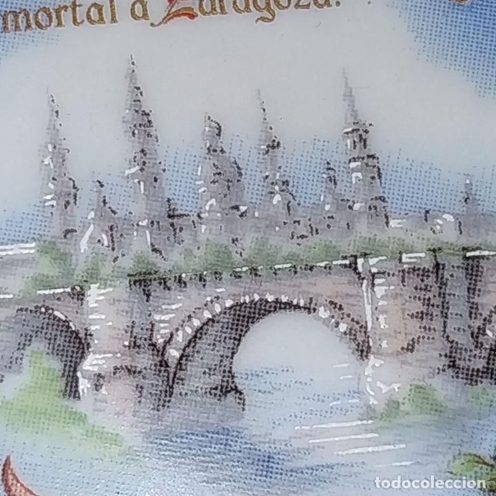 Arte: MEDALLÓN DE LA VIRGEN DEL PILAR. PORCELANA ESMALTADA Y DORADA. ESPAÑA. CIRCA 1960 - Foto 3 - 181358473