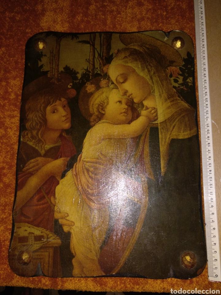 RETABLO BUEN ESTADO AÑOS 50 ETIQUETA PARÍS MADRID ALMERÍA 37CM X 27CM (Arte - Arte Religioso - Retablos)