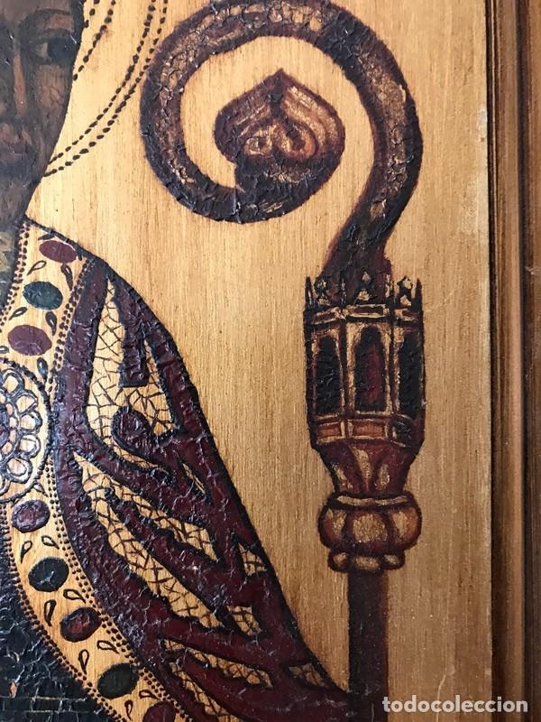 Arte: Tablilla de madera con impresion de imagen religiosa, parece ser un papa - Foto 7 - 183346060