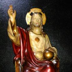 Arte: PRECIOSO SAGRADO CORAZÓN DE JESÚS. MADERA. EN TRONO.. Lote 183654046