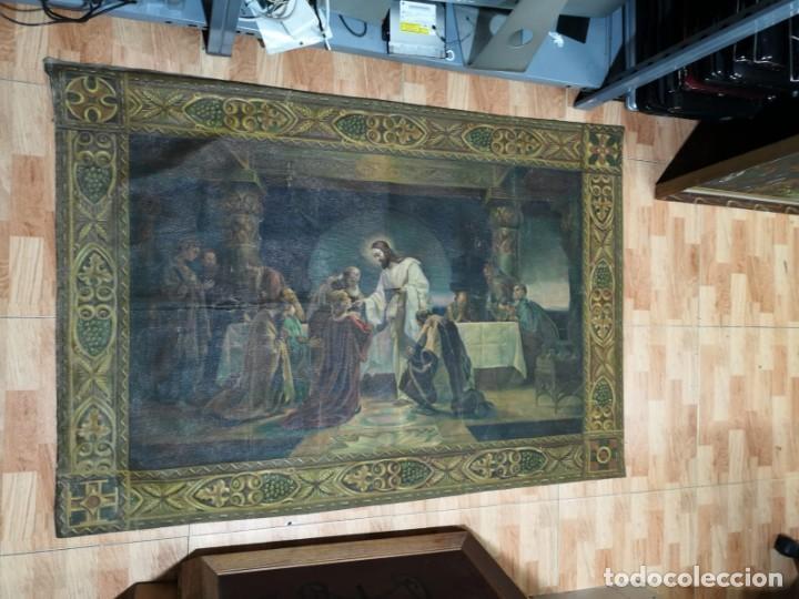 JESUS Y SUS APOSTOLES LIENZO SIN MARCO FIRMADO. (Arte - Arte Religioso - Pintura Religiosa - Oleo)