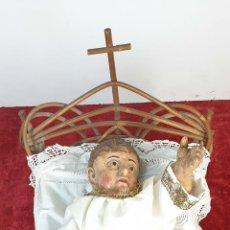 Arte: NIÑO JESÚS. ESCULTURA EN MADERA TALLADA. PINTADA A MANO. SIGLO XVIII-XIX. Lote 184075620