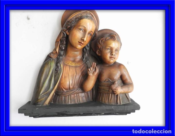 BONITA IMAGEN EN ESCAYOLA DE LA VIRGEN Y EL NIÑO (Arte - Arte Religioso - Escultura)