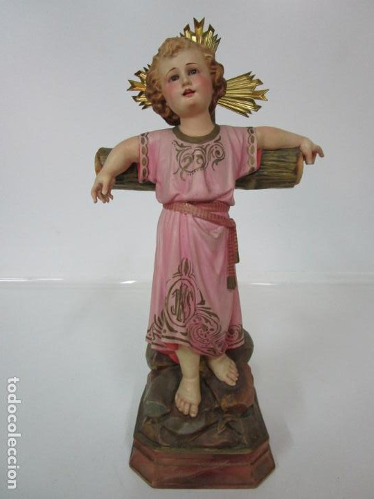 SAN JUANITO A LA CRUZ- NIÑO JESÚS - ESTUCO POLICROMADO - SELLO ARTE OLOTENSE, OLOT -PRINCIPIOS S. XX (Arte - Arte Religioso - Escultura)