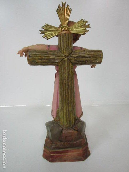 Arte: San Juanito a la Cruz- Niño Jesús - Estuco Policromado - Sello Arte Olotense, Olot -Principios S. XX - Foto 10 - 184366715