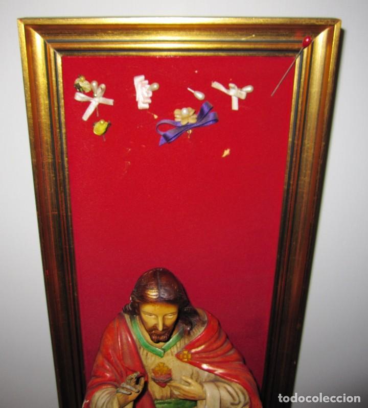 Arte: Antigua imagen figura Sagrado Corazón Jesús entronizado en trono sobre altar capilla madera - Foto 24 - 186402868