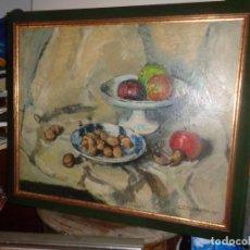 Arte: MAGNIFICO BODEGON. AUTOR M. ROCAMORA. AÑO 1960 MEDIDAS OLEO 72X60, ENMARCADO 84X70. Lote 187497743