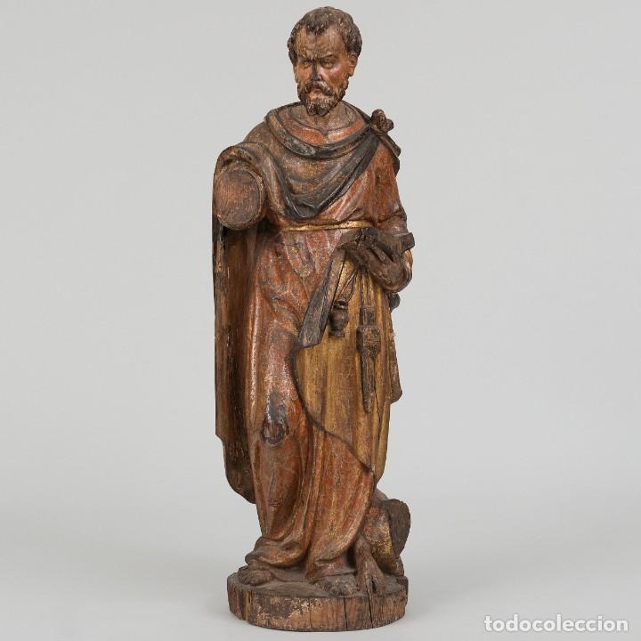 SAN LUCAS - ESCULTURA DE BULTO REDONDO EN MADERA TALLADA Y POLICROMÍA. SIGLO XVII (Arte - Arte Religioso - Escultura)