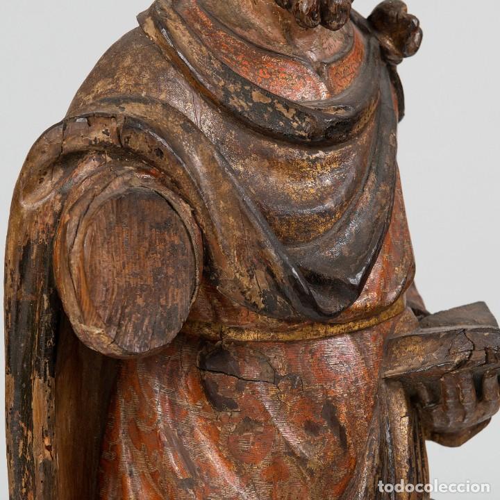 Arte: San Lucas - Escultura de bulto redondo en madera tallada y policromía. Siglo XVII - Foto 6 - 191039571