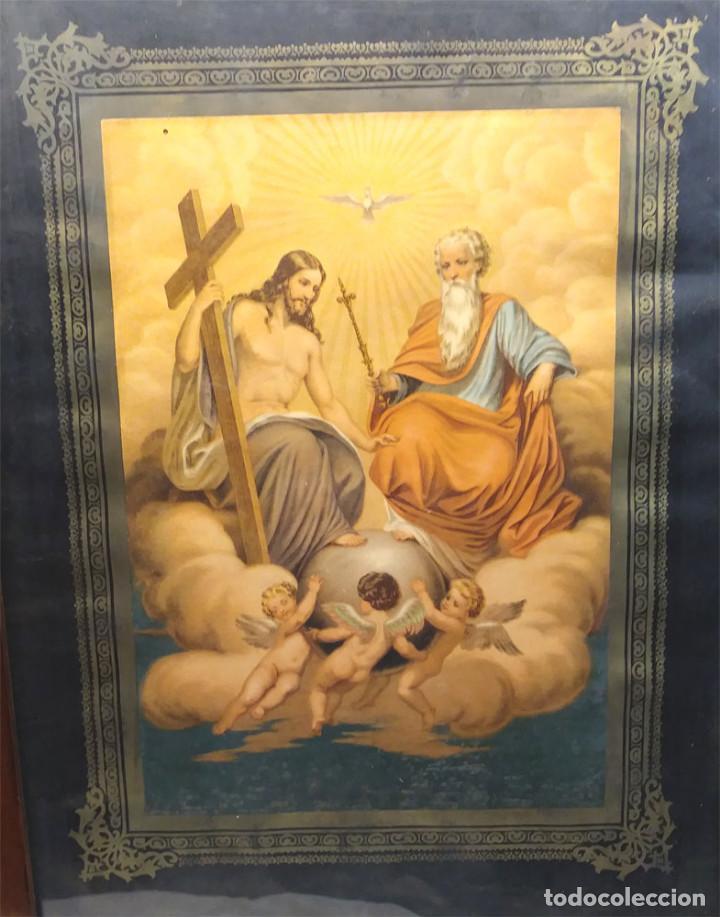 Arte: Santisima Trinidad cromolitografia con marco de Caoba S XIX. Med. 48 x 62 cm - Foto 2 - 191189370